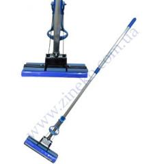 The mop with an extraction length of the handle is 120 cm of Standar