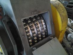 The roller press WSP-24 for granulating