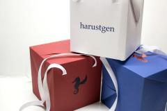 Ящики й коробки із пресованого картону