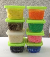 Fine-grained ball plasticine in jars