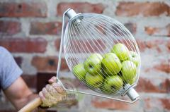 Beater for gathering apples and potatoes