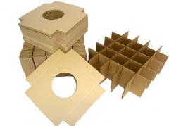 Feedwells, inserts, laying, lattices for cardboard