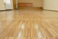 Parquet oak massif length 400-2200, 4-sided facet.