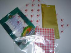 Packages for the vacuum package of foodstuff from