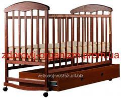 """Детская кроватка с ящиком """"Наталка"""" (тонированная)"""