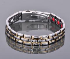 Титановый био магнитный турмалиновый браслет...