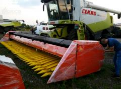 Harvester for cleaning of sunflower of ZhNS 7.4 on the combine the Case, Akros.