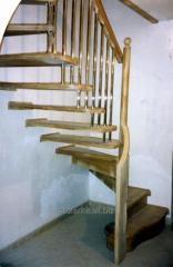 Лестницы винтовые из натурального  дуба