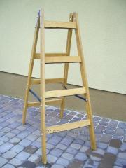 Modular step-ladder on 4 steps