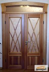 Двери из массива деревянные