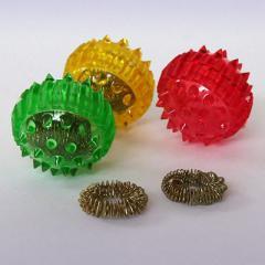 Массажный шарик с шипами- Суджок