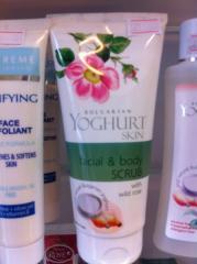 Скраб для лица и тела Bulgarian Yoghurt skin 200 мл