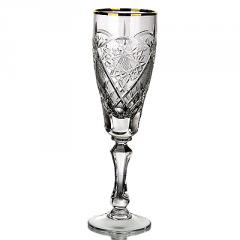 The set of crystal glasses the 6997th capacity is