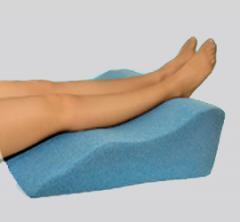 Pillow under PN-1 legs