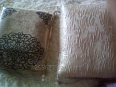 Bed sets with a jacquard decor and laces