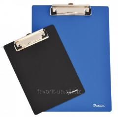 Card holder on 120 business cards of