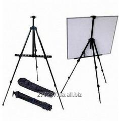 Easel folding, a tripod for drawing, an easel