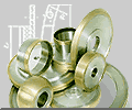 Круги ІАІ 30х3х3х8 на металлической связке