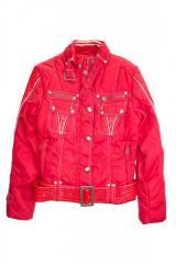 Куртка для девочки с лакированным поясом