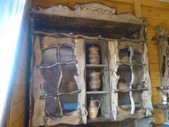 Шкаф навесной под старинку