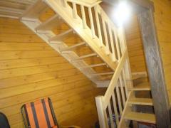 Производство лестниц для дачи