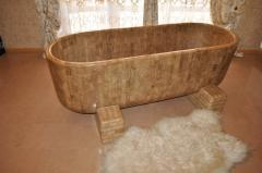 Bathtub in style of chale