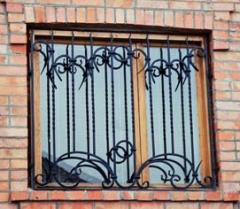 Решетки на окна кованные для защиты Киев