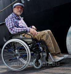 Легкая инвалидная коляска до 130 кг - Vermeiren V300 Light Weight Wheelchair