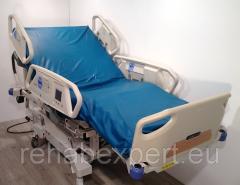 Функциональная кровать для интенсивной терапии Hill-Rom P1900 Total Care Electric Air Hospital Bed