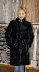 Fur coat from fur of a nutria of cross tailoring,