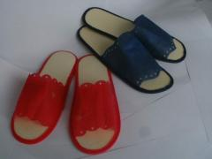 Disposable slippers for baths, saunas, pools,