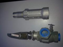 Guns for GRK of production of Italy, the Czech Republic, Ukraine, a clamp for tankers gas carriers. Sleeves shtutserovanny for columns and Semperit TM3 gas carriers, 1SN, 2SN. Burst couplings. Buy in Ukraine.