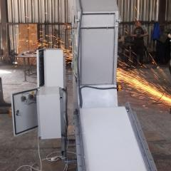 Conveyor system for sunflower seeds