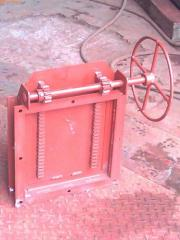 We produce latches rack with manual and with the