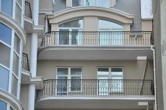Poręcze balkonowe