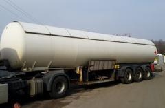Tanker truck semi-trailer for transportation m