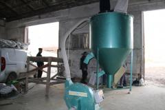 Molotkovy crusher for grain