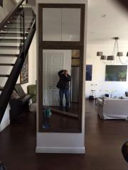 Шкаф-пенал с зеркалом