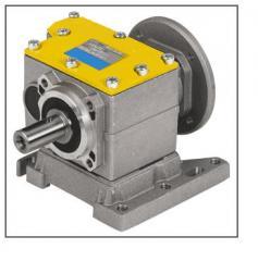 Цилиндрические мотор-редукторы трехступенчатые Hydro-Mec
