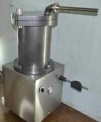 The syringe is hydraulic sausage piston new,