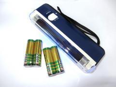 Valuta rivelatore UV manuale + 4 batterie...
