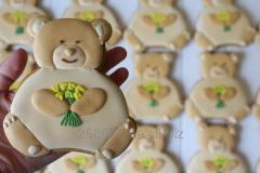 Ginger and honey gingerbread bear. (Cookie teddy