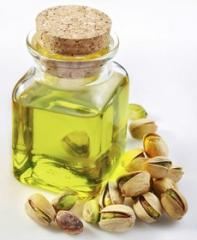 The pistachio oil refined from 1 kg