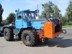 On-track machine of UPM-1