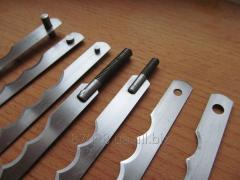 Knives for a bread slicer