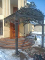 Kovan_ gate of an ogorozh handrail balcony to a