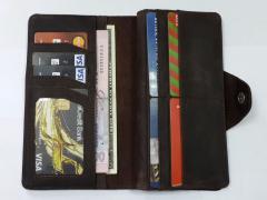 Бумажник Valenta из натуральной кожи...