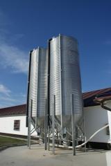 Zásobníky na skladování krmiv