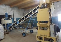 PAK-300 hyper press for the pressed brick