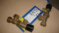 Клапан запорно-присоединительный для двухтрубных систем латунь